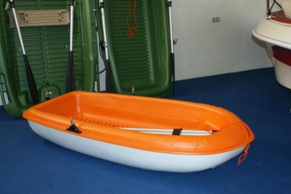 Kunstoffboote BIC