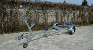 BT 600 kg Bootstrailer